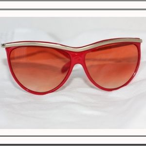 Red vintage sun glasses